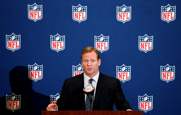 NEW ORLEANS, LA - MARCH 21:  NFL commissioner Roger Goodell addresses the media during the NFL Annual Meetings at the Roosevelt Hotel on March 21, 2011 in New Orleans, Louisiana. Despite a NFL owners imposed lockout in effect since March 12 the league is conducting it's annual owners meeting in New Orleans.  (Photo by Sean Gardner/Getty Images)Sean Gardner