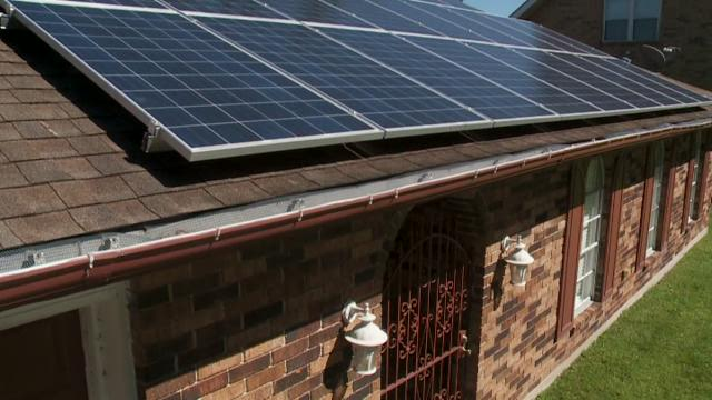 Future of solar power in La  may hinge on Nov  election
