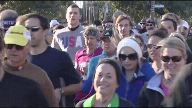 Thousands run in annual Turkey Day race