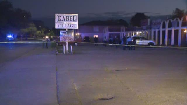 wwltv.com   Fatal shooting near Kabel Village in Algiers
